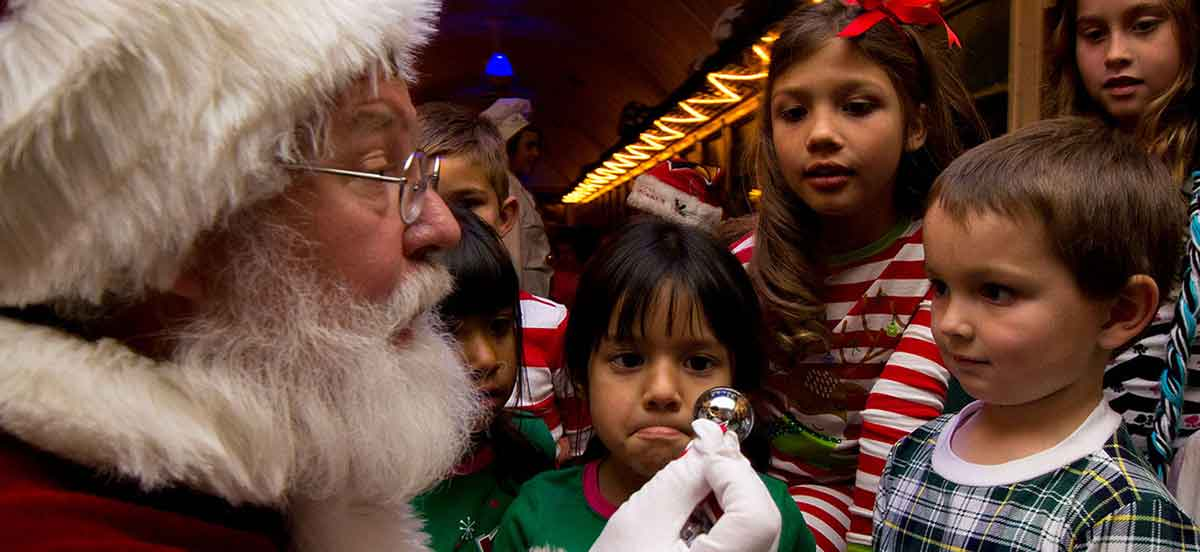 Polar Express Grand Canyon Railway - Santa & Kids