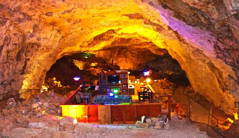 Cavern Suite at Grand Canyon Caverns